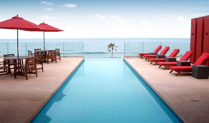OceanfrontCommunity Pool