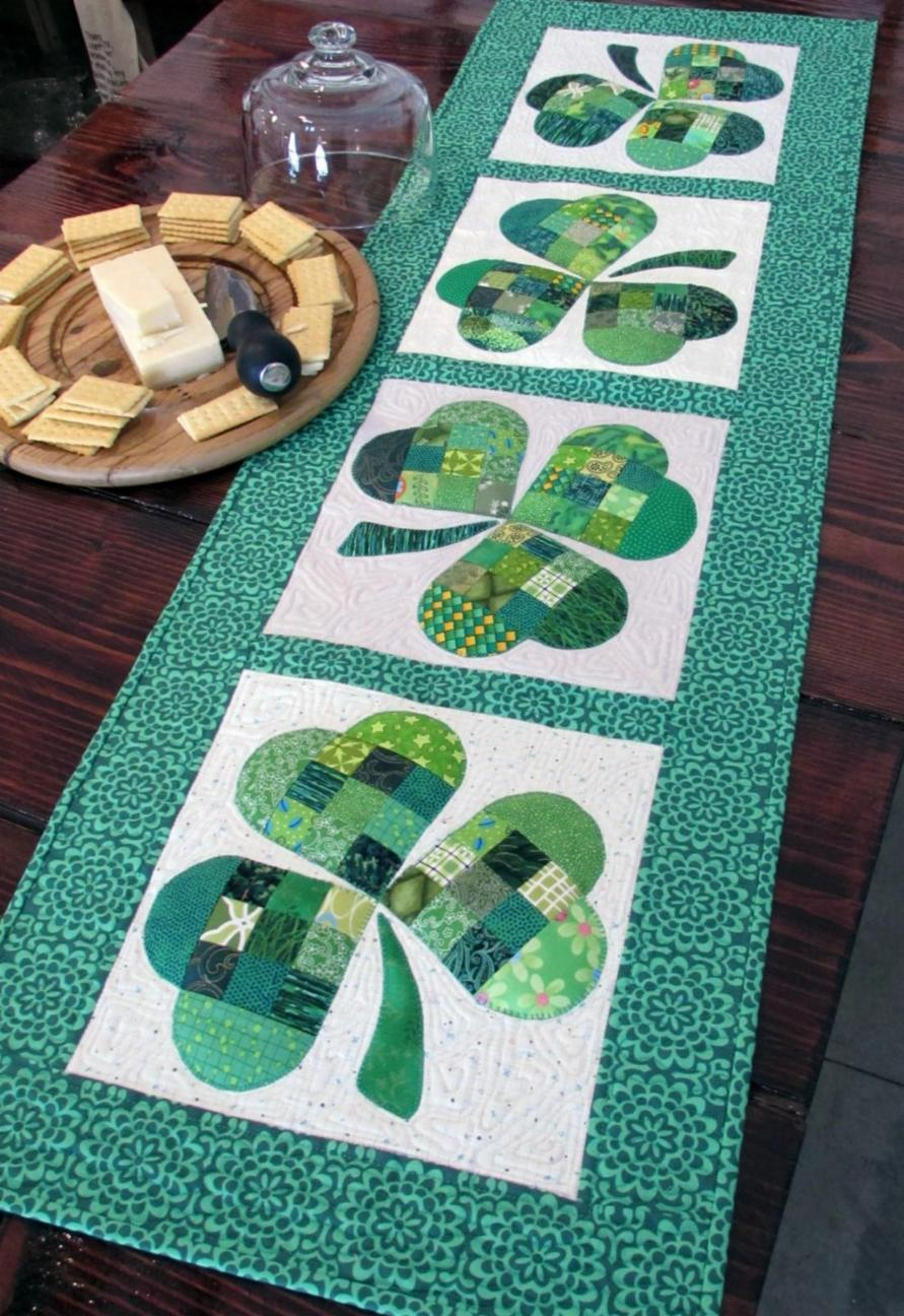 Weallsew Com Shamrock Table Runner Tutorial