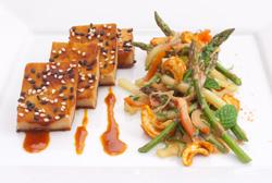 Soy Ginger Glazed Cashew Sesame Tofu