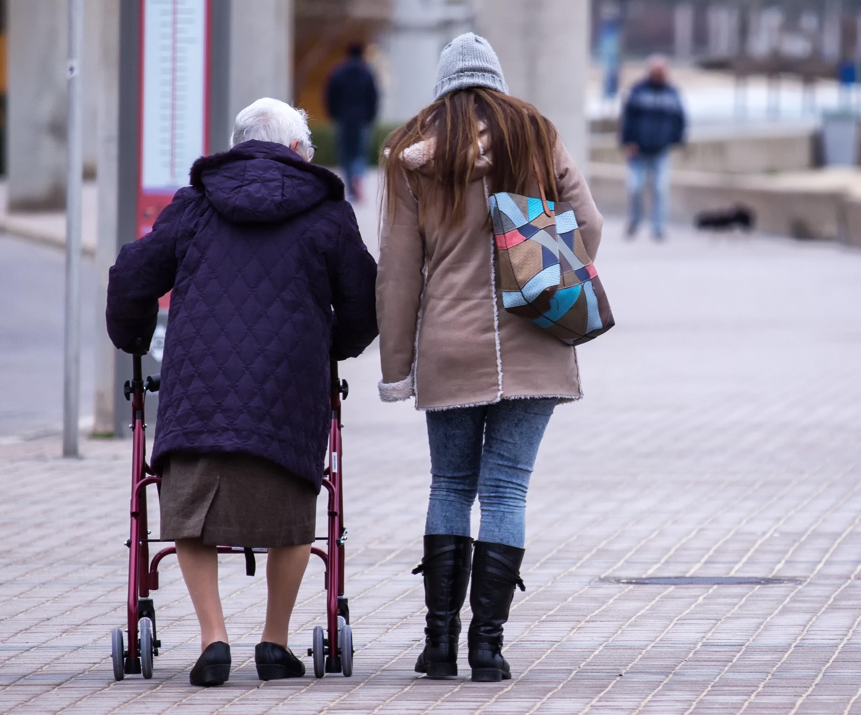 winter risks for elderly